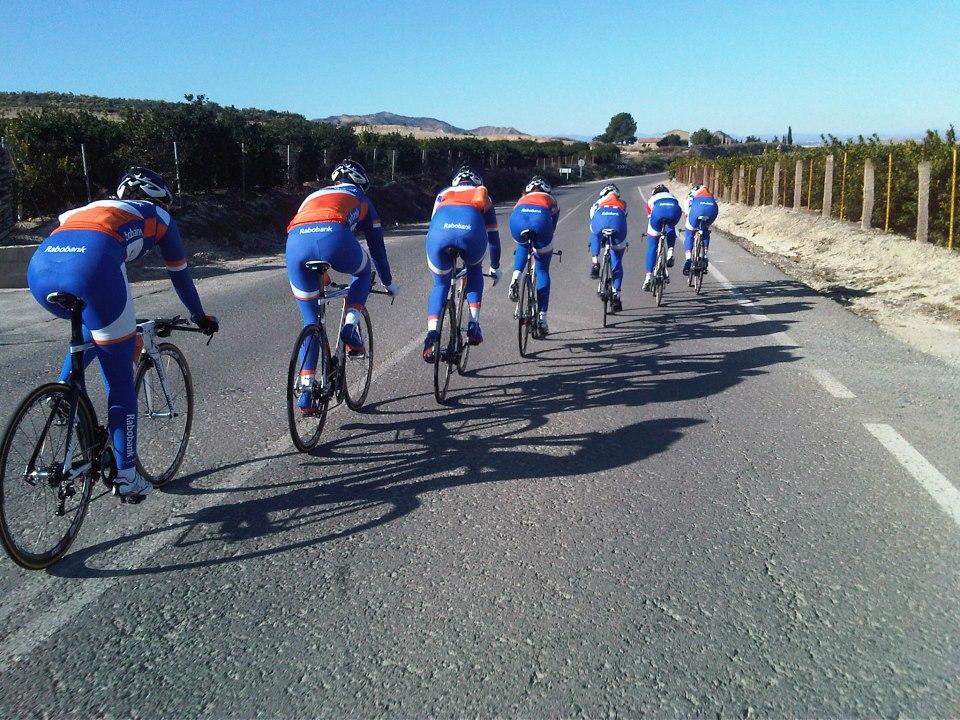 Wordt ook aan gewerkt op trainingskamp: ploegentijdrittraining met oog op het WK TTT in Florance!
