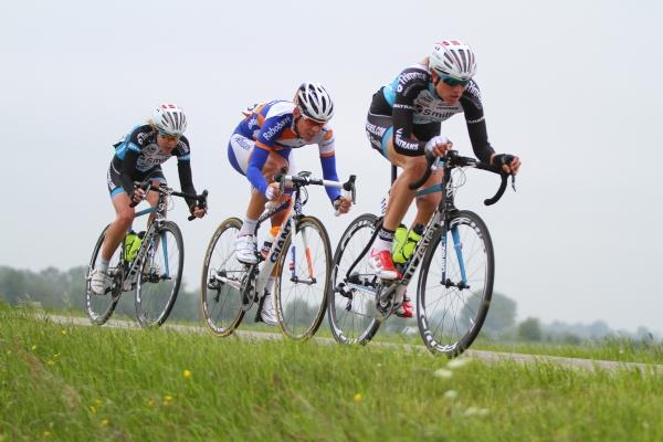 Vera Koedooder, ik en Anna  van der Breggen (foto: Sportfoto.nl)