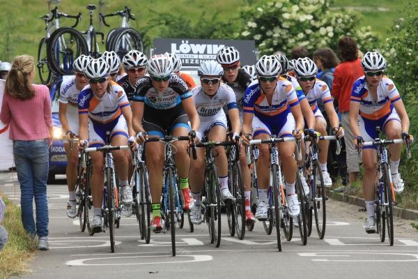 NK Weg: De eerste groep op de Mont Chevre (ik in het midden) (foto: sportfoto.nl)