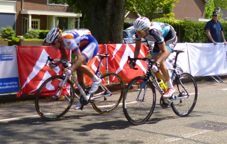 Sprint met Vera (foto: Erik de Weerd)
