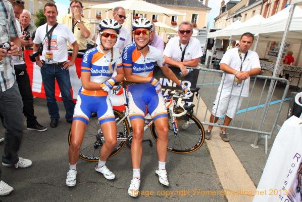 Met Pauline voor de start. Foto: WomensCycling.net